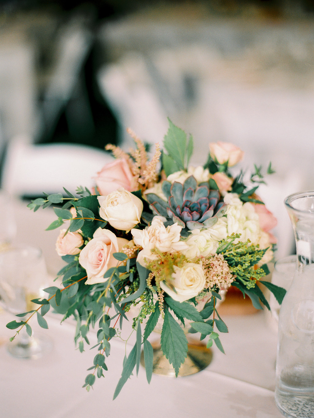 Nebraska Midwest Tent Wedding Table Flowers