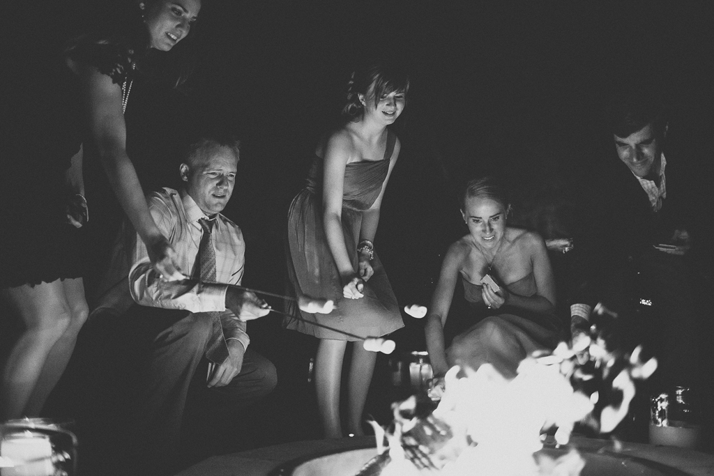 Nebraska Midwest Tent Wedding S'mores