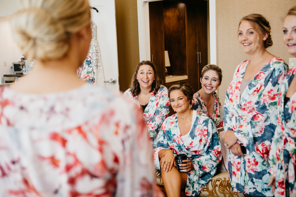 Joslyn Art Museum Omaha Nebraska Midwest Wedding Bridesmaids