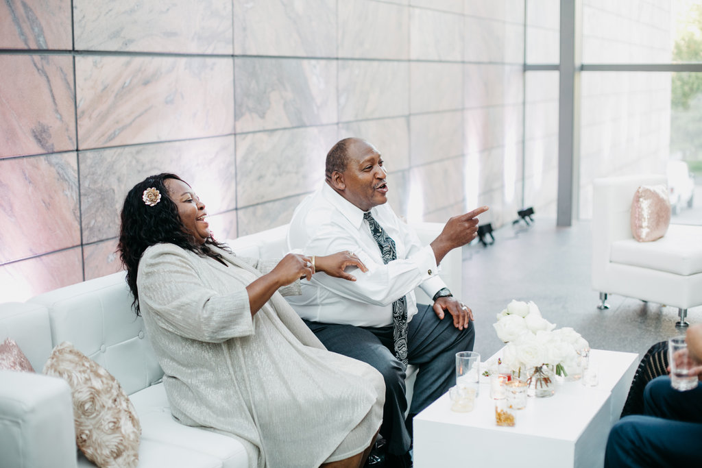 Joslyn Art Museum Omaha Nebraska Midwest Wedding Wedding Lounge Guests