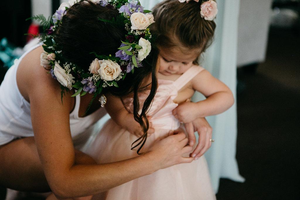 Omaha Nebraska Midwest Wedding Flower Girl
