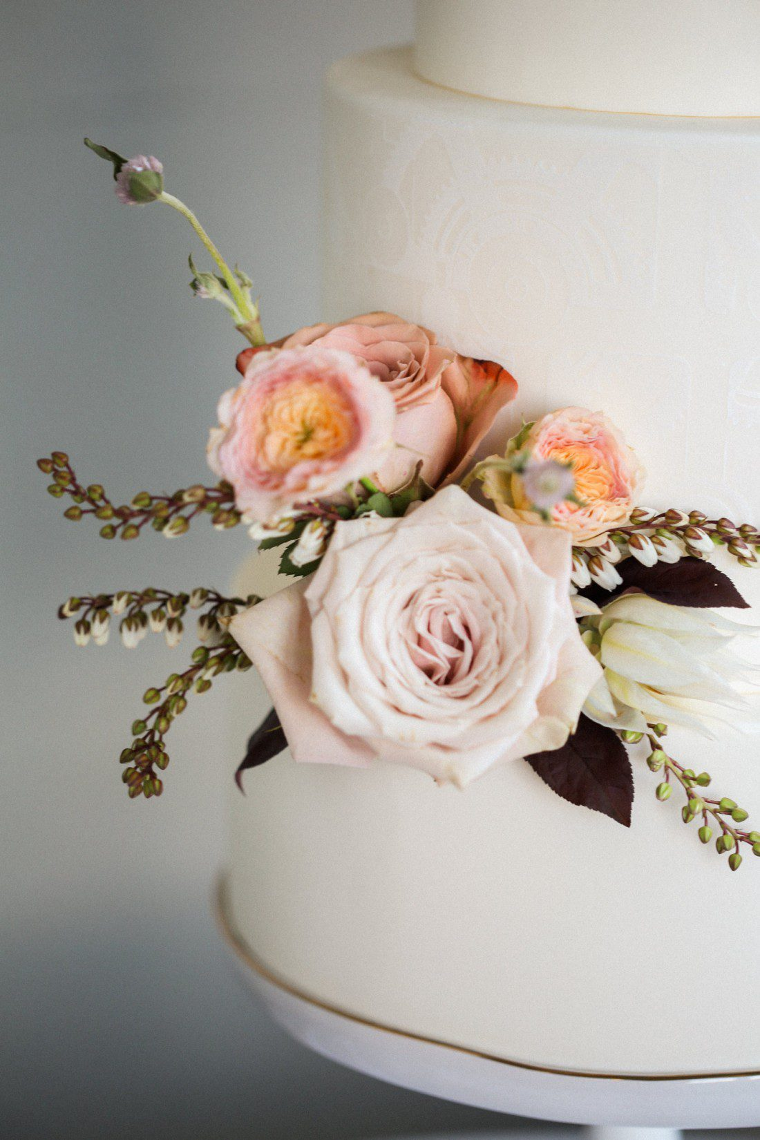 Kansas City Wedding Styled Shoot Winery Cake Flowers