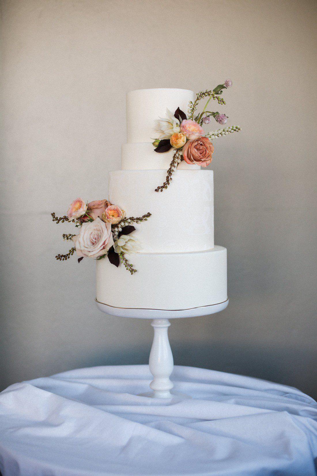 Kansas City Wedding Styled Shoot Winery Cake