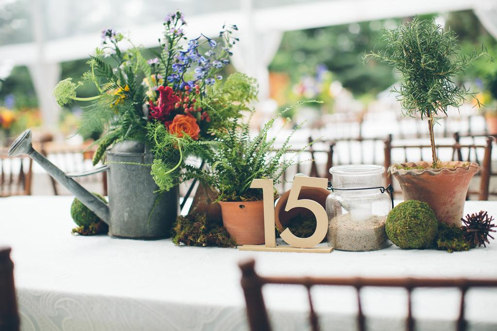 Nebraska Midwest Wedding Table Details