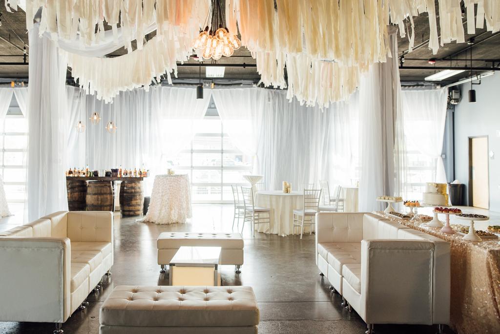 Diamond Room Omaha Nebraska Lounge Furniture