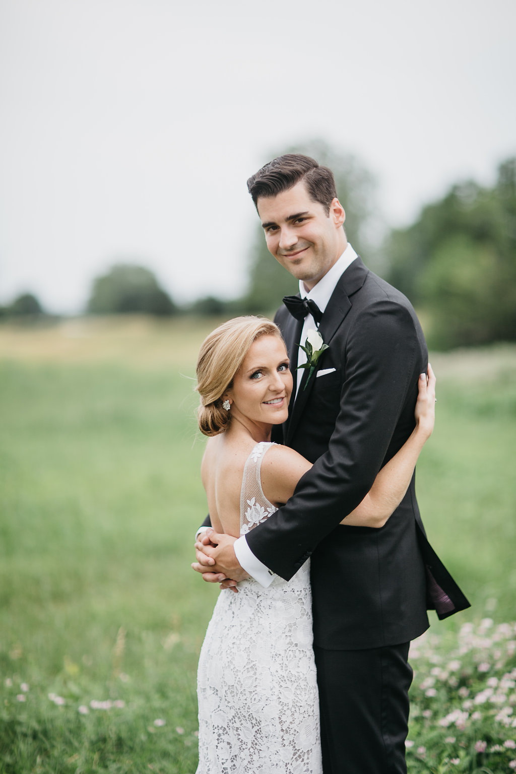 Happy Hollow Country Club Omaha Nebraska Midwest Wedding Couple