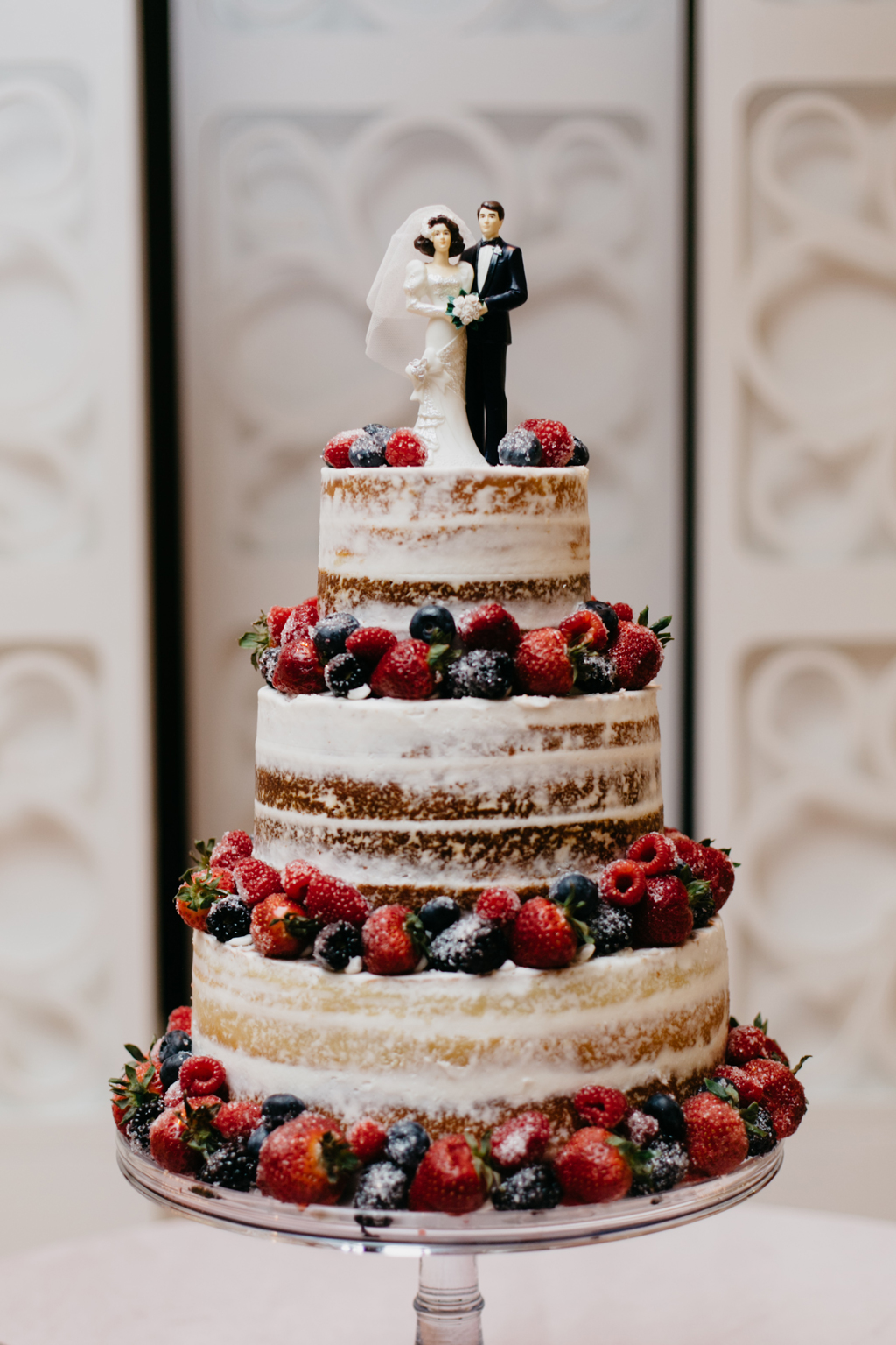 Paxton Ballroom Omaha Nebraska Midwest Wedding cake
