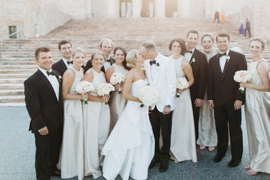 Joslyn Art Museum Omaha Nebraska Midwest Wedding Wedding Party