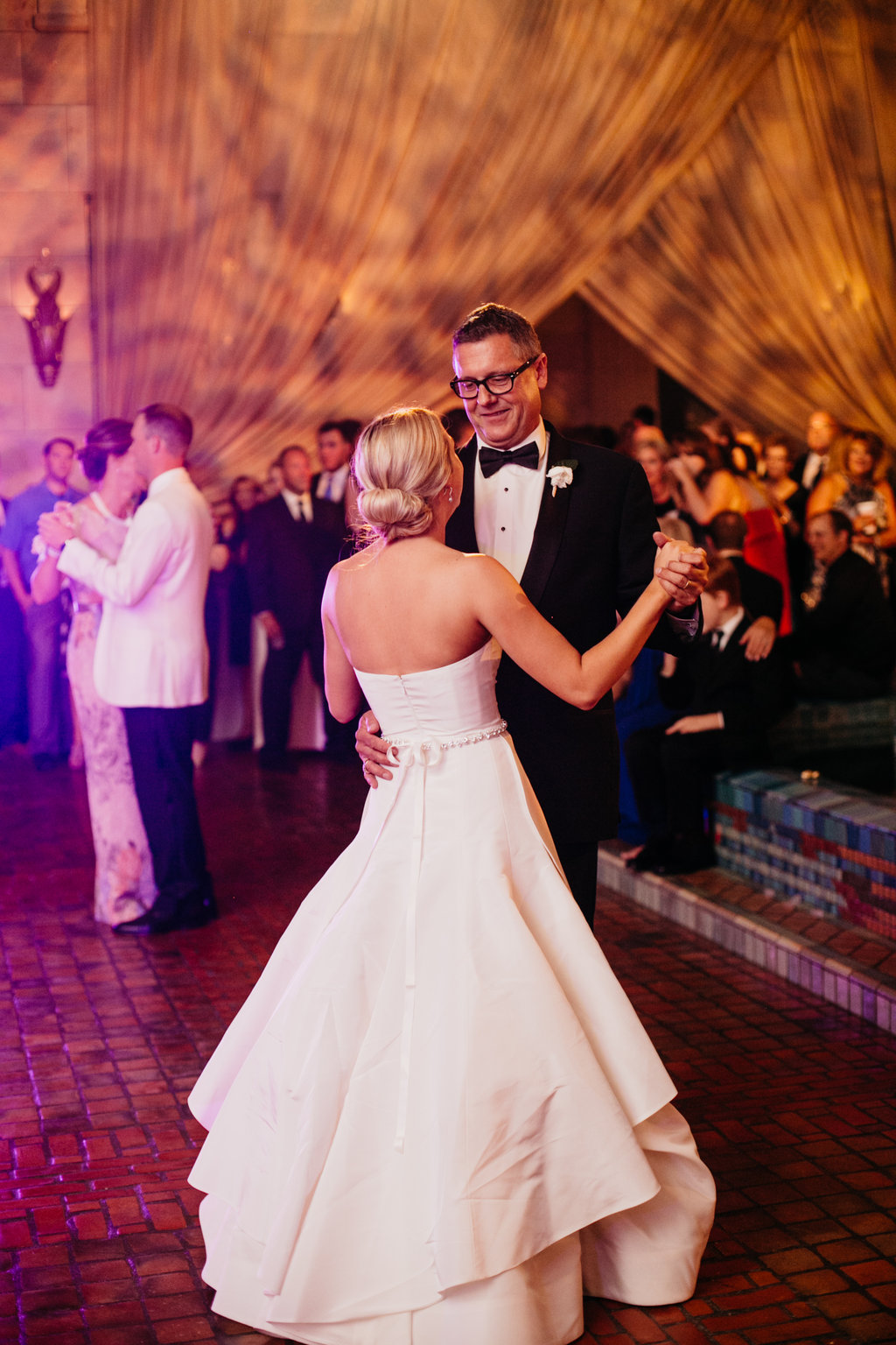 Joslyn Art Museum Omaha Nebraska Midwest Wedding Wedding Father-Daughter Dance