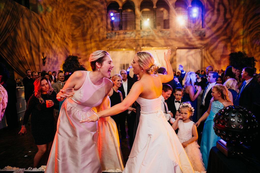 Joslyn Art Museum Omaha Nebraska Midwest Wedding Wedding Dancing