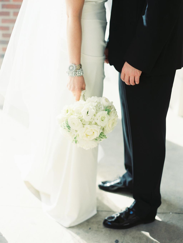 Omaha Wedding Magnolia Hotel Bride Bouquet