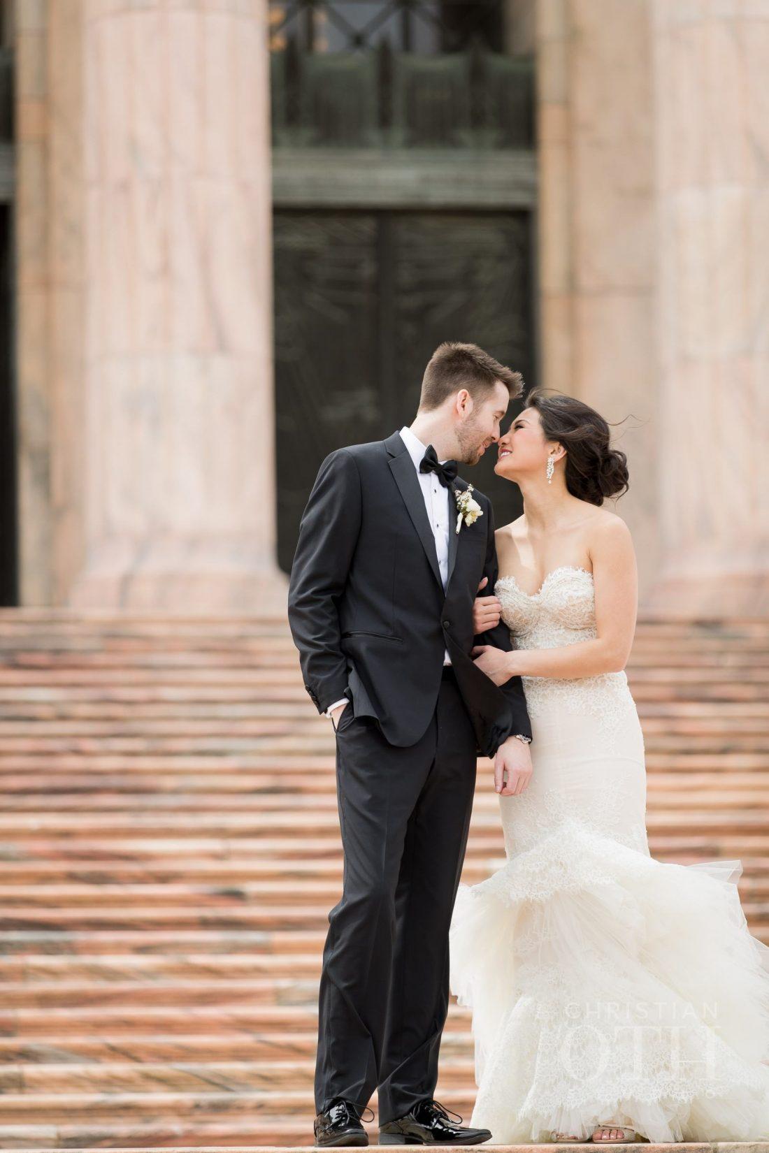 Joslyn Art Museum Omaha Nebraska Wedding Couple 2