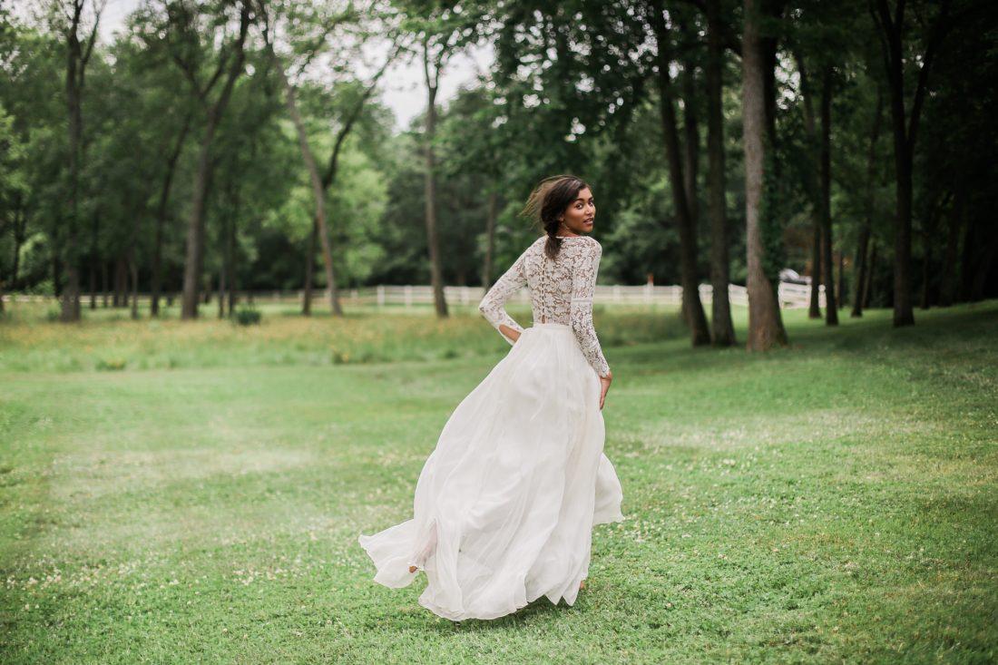 Mildale Farms Kansas City Wedding bride back dress