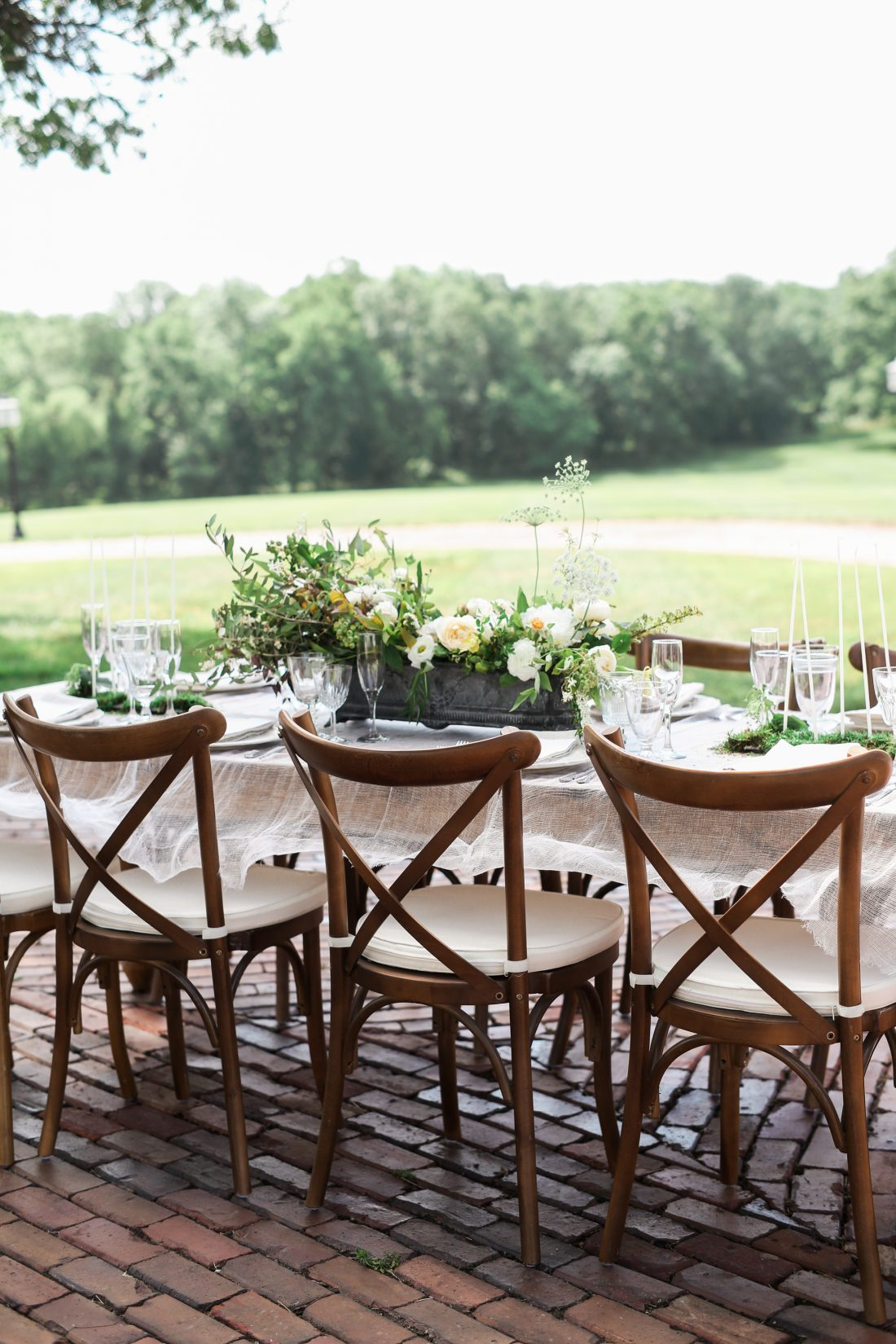 Mildale Farms Kansas City Wedding full table shot
